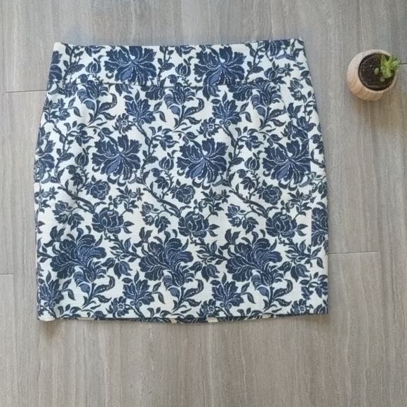 Ann Taylor Blue Flower Skirt